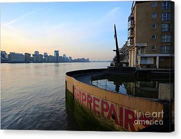 Thames Sunrise Canvas Print by Donald Davis
