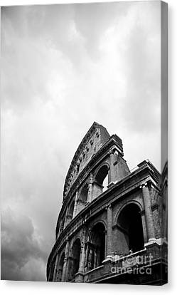 The Colosseum In Rome Canvas Print by Steven Gray