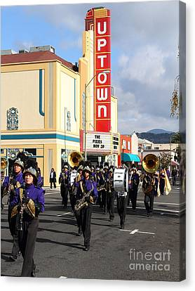 The Marching Band At The Uptown Theater In Napa California . 7d8925 Canvas Print by Wingsdomain Art and Photography