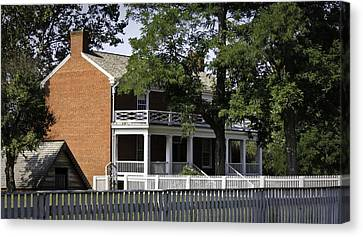 The Mclean House In Appomattox Virgina Canvas Print by Teresa Mucha