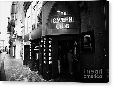 The New Cavern Club In Mathew Street In Liverpool City Centre Birthplace Of The Beatles Merseyside Canvas Print by Joe Fox