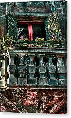 The Rear Window Venice Italy Canvas Print by Tom Prendergast