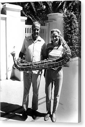 Thor Heyerdahl And Wife Yvonne Canvas Print by Everett