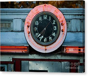Time To Eat Canvas Print by Edward Fielding