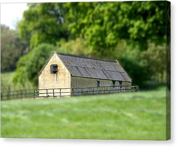 Countryside Canvas Print featuring the photograph Toy House by Roberto Alamino