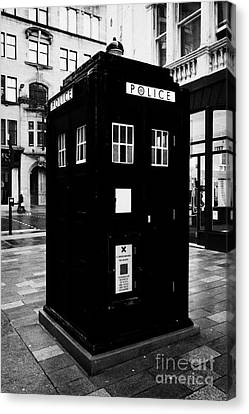 traditional blue police callbox in merchant city glasgow Scotland UK Canvas Print by Joe Fox