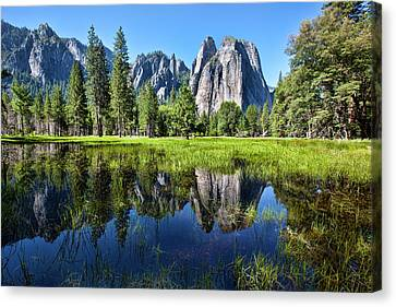 Tranquility In Yosemite Canvas Print by Mimi Ditchie Photography