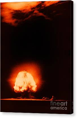 Trinity Test Explosion, 1945 Canvas Print by Los Alamos National Laboratory