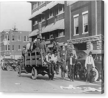 Truck On Street Near Tulsa, Oklahomas Canvas Print by Everett