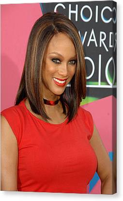 Tyra Banks At Arrivals For Nickelodeons Canvas Print by Everett