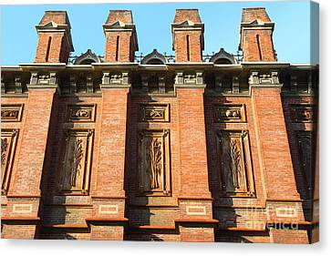 Uc Berkeley . South Hall . Oldest Building At Uc Berkeley . Built 1873 . 7d10109 Canvas Print by Wingsdomain Art and Photography