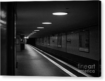 Unter Der Linden Ghost Station U-bahn Station Berlin Germany Canvas Print by Joe Fox
