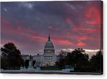 Us Capitol - Pink Sky Getting Ready Canvas Print by Metro DC Photography