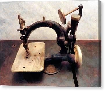 Victorian Sewing Machine Canvas Print by Susan Savad