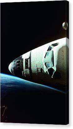 View Of The Nose Of Space Shuttle Canvas Print by Stockbyte
