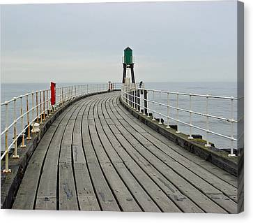 West Pier And Beacon Canvas Print by Rod Johnson