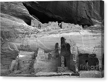 White House Ruin Canyon De Chelly Monochrome Canvas Print by Bob Christopher