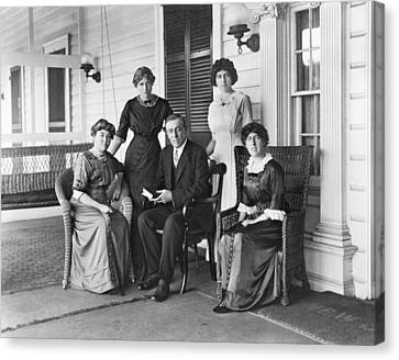 Woodrow Wilson With His First Wife Canvas Print by Everett