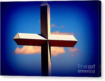 World Largest Cross In Illinois  Canvas Print by Susanne Van Hulst