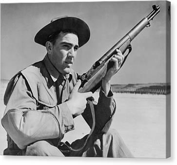 World War II, U.s. Soldier Ready Canvas Print by Everett