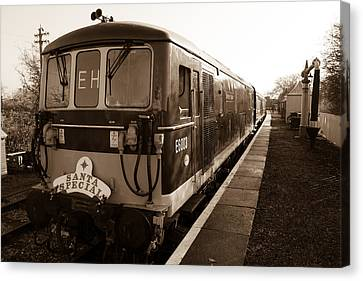 A Diesel Engine At Swindon And Cricklade Railway Canvas Print by Steven Sexton