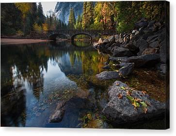 Beautiful Yosemite National Park Canvas Print by Larry Marshall