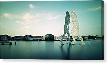 Berlin - Molecule Man Canvas Print by Alexander Voss