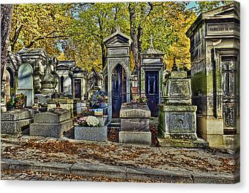 Cemeterie Pere Lachaise Canvas Print by Hugh Smith