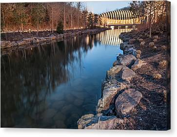 Crystal Bridges Museum Of American Art Reflections Canvas Print by Gregory Ballos