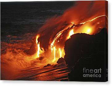 Kilauea Lava Flow Sea Entry, Big Canvas Print by Martin Rietze
