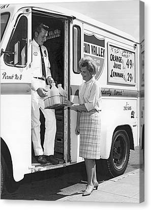 Milkman Home Delivery Canvas Print by Underwood Archives