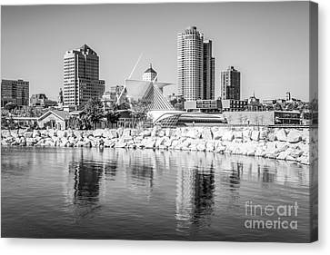 Milwaukee Skyline Photo In Black And White Canvas Print by Paul Velgos