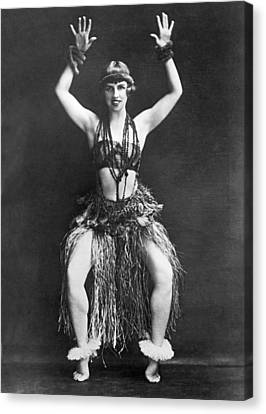 Portrait Of Dancer Agnes Boone Canvas Print by Underwood Archives