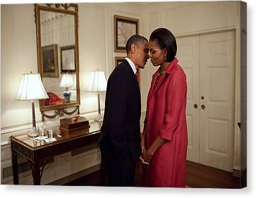President And Michelle Obama Wait Canvas Print by Everett