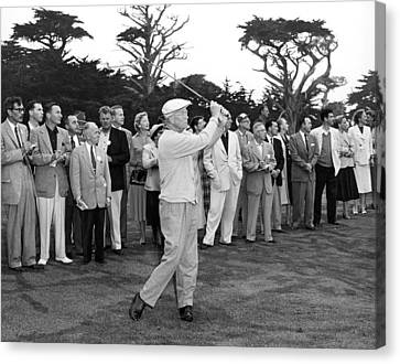 President Eisenhower Golfing Canvas Print by Underwood Archives