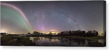 Red And Green Auroras Canvas Print by Frank Olsen