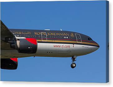 Royal Jordanian Airlines Airbus A330 Canvas Print by David Pyatt