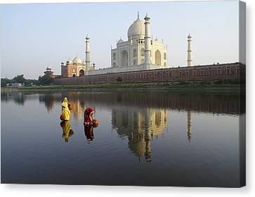 Timeless Taj Mahal Canvas Print by Michele Burgess