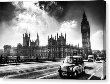 Westminster Bridge London Canvas Print by David Pyatt