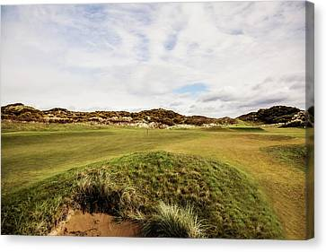 2nd Green Royal County Down Canvas Print by Scott Pellegrin
