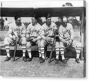 1924 Ny Giants Baseball Team Canvas Print by Underwood Archives