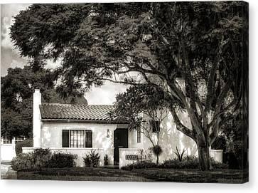 1926 Florida Venetian Style Home - 21 Canvas Print by Frank J Benz
