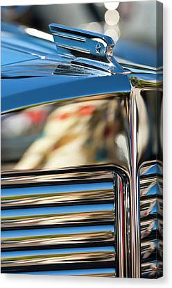1931 Marmon Sixteen Coupe Hood Ornament Canvas Print by Jill Reger