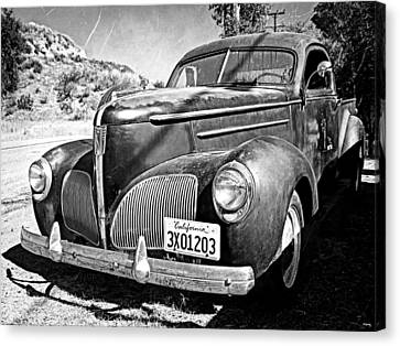 1939 Studebaker Coupe Truck Canvas Print by Glenn McCarthy Art and Photography