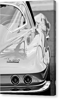 1967 Chevrolet Corvette Canvas Print by Jill Reger