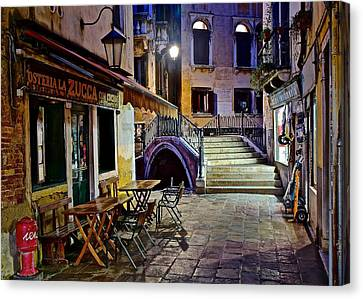 An Evening In Venice Canvas Print by Frozen in Time Fine Art Photography