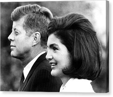 John F. Kennedy And Jacqueline Kennedy Canvas Print by Everett