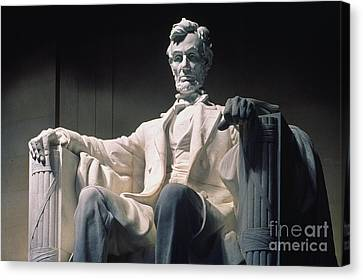 Lincoln Memorial: Statue Canvas Print by Granger