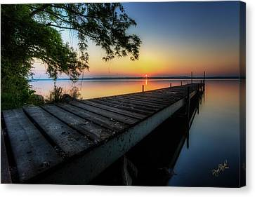 Sunrise Over Cayuga Lake Canvas Print by Everet Regal