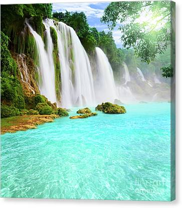 Detian Waterfall Canvas Print by MotHaiBaPhoto Prints